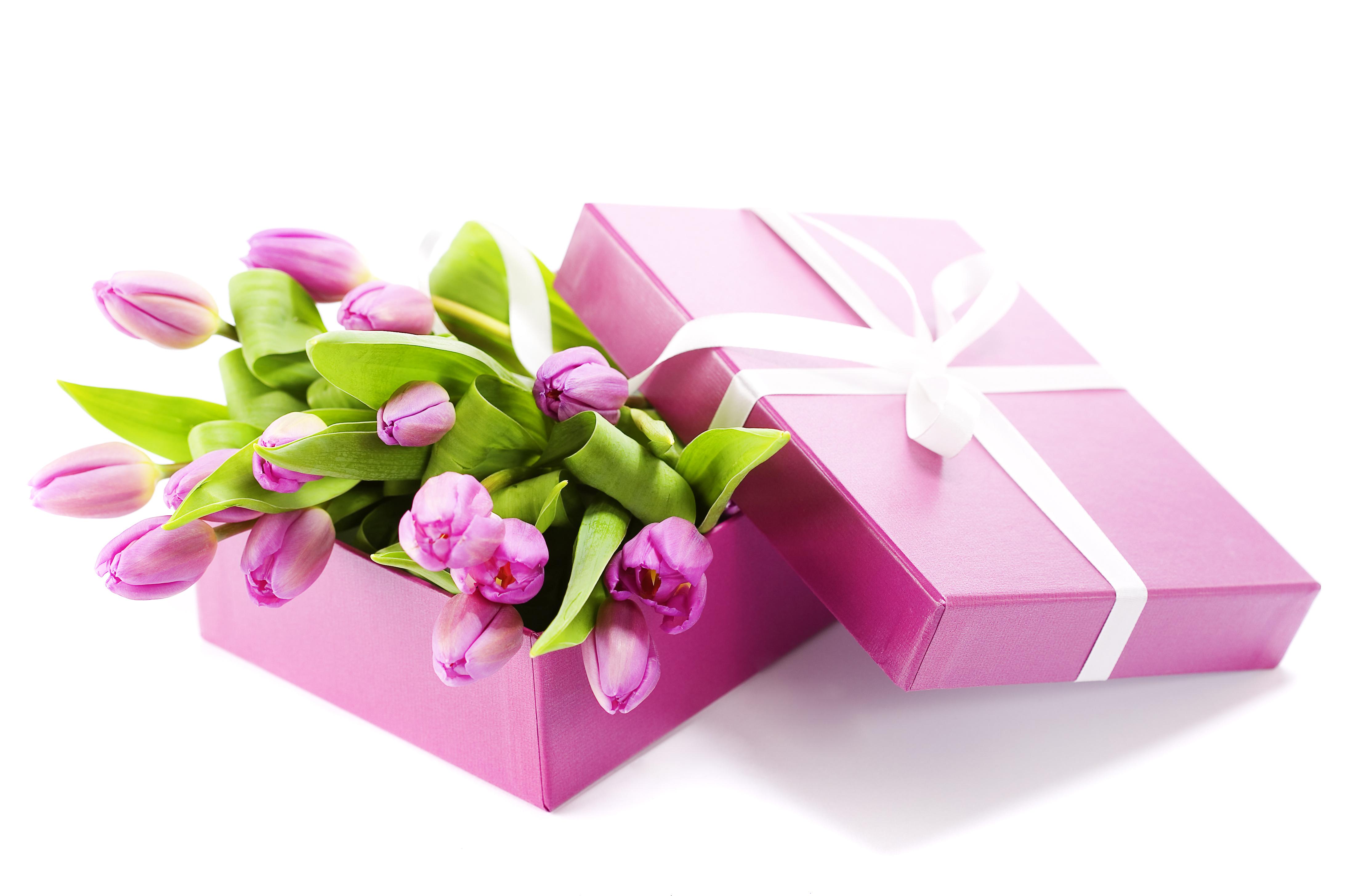 Поздравление к подаркам цветы